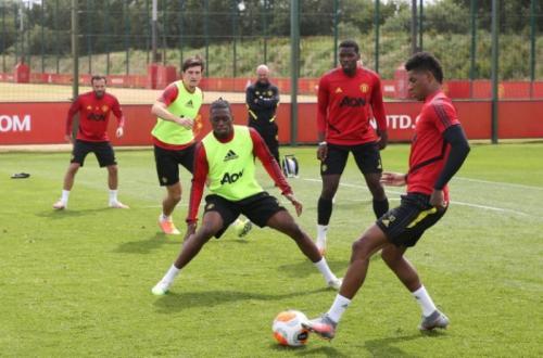 Markas latihan Man United di Carrington