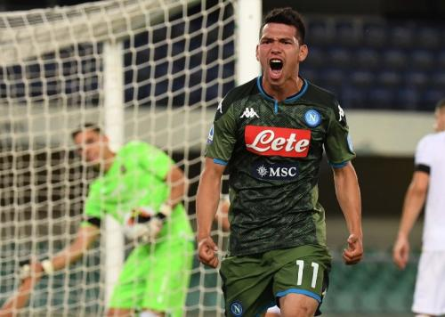 Hirving Lozano mencetak gol kedua Napoli (Foto: Twitter/@sscnapoli)