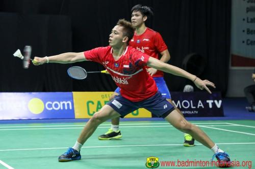 Aksi Daniel/Rian di Home Tournament