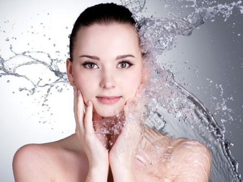 mencuci wajah