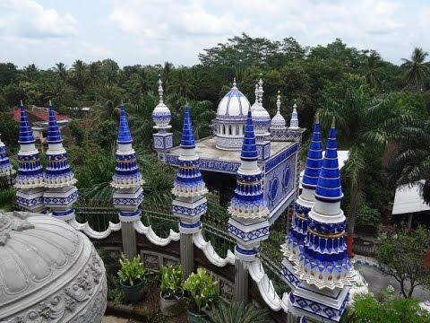 Masjid Tiban Turen di Malang. (Foto: Istimewa/Youtube)
