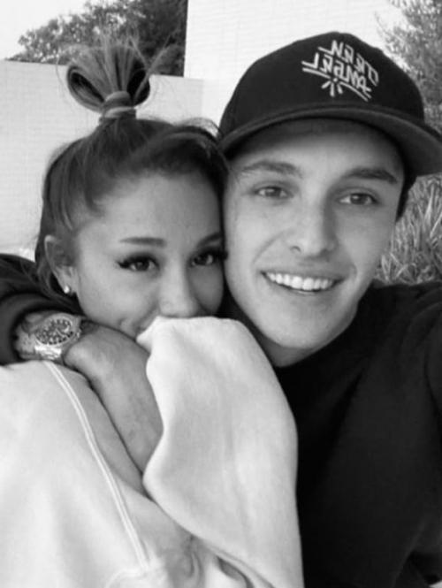 Ariana dan pacar