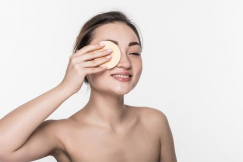membersihan makeup