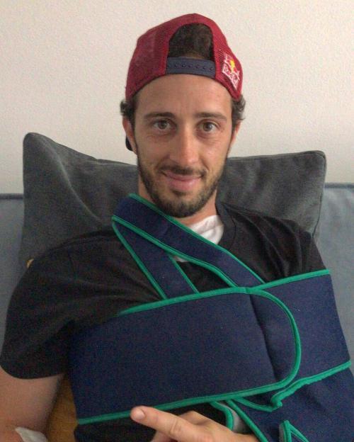 Andrea Dovizioso sukses jalani operasi bedah (Foto: Twitter/@DucatiCorse)