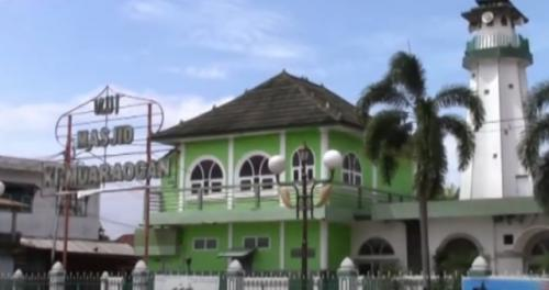 Masjid Muara Ogan Palembang. (Foto: Youtube Official iNews)