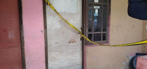 TKP pembacokan suami pada istrinya di Tambun, Bekasi (Foto : Okezone.com/Wisnu)