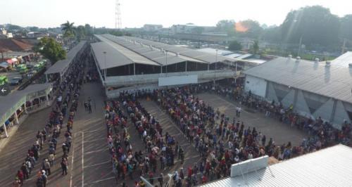 Stasiun Bogor padat foto: @commuterline