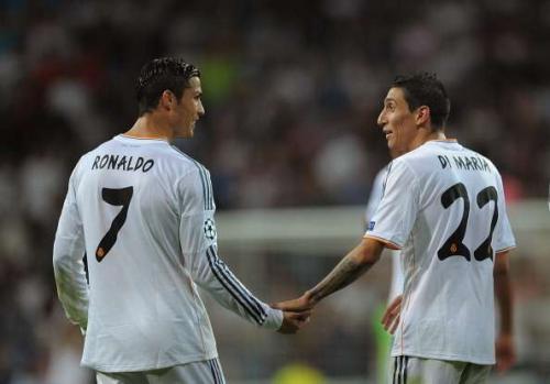 Cristiano Ronaldo dan Angel Di Maria (Foto: Reuters)