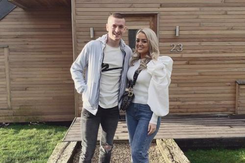 Jordan Pickford dan Istri