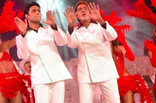 Abhishek dan Amitabh Bachchan
