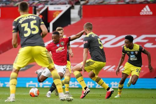 Suasana laga Man United vs Southampton