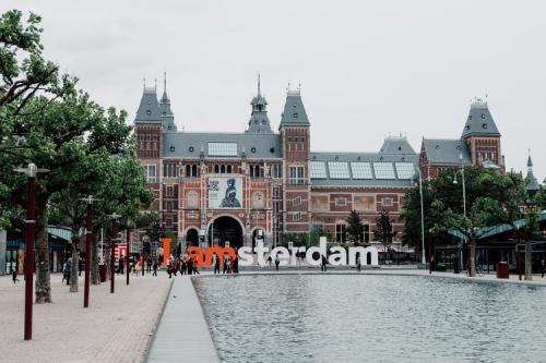 Kota Amsterdam di Belanda. (Foto: Unsplash)
