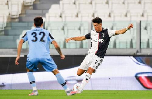 Aksi Ronaldo saat bermain utnuk Juventus