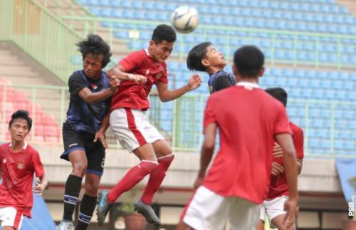 Timnas Indonesia U-16 beruji coba di Stadion Patriot Candrabhaga, Bekasi. Foto: PSSI)