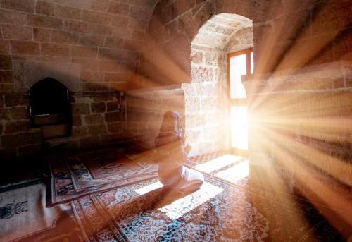 Ilustrasi Muslimah. (Foto: Shutterstock)