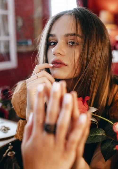 Joey King. (Foto: Euphoria Magazine)