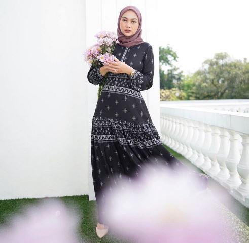 Indah Nada Puspita gunakan baju Idul Adha. (Foto: Instagram @indahnadapuspita)