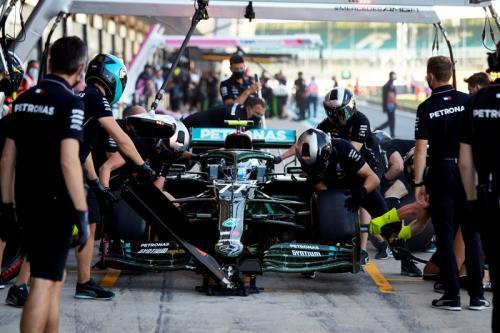 Valtteri Bottas berharap dapat strategi pitstop berbeda (Foto: Mercedes AMG Petronas)