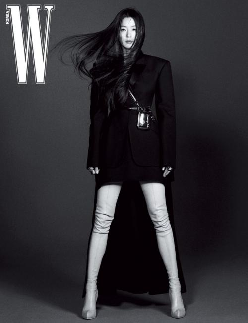 Jun Ji Hyun. (Foto: W Magazine)