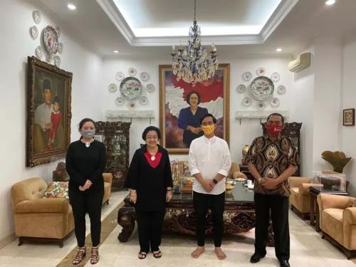 Gibran bertemu Megawati (Foto : Humas PDIP)