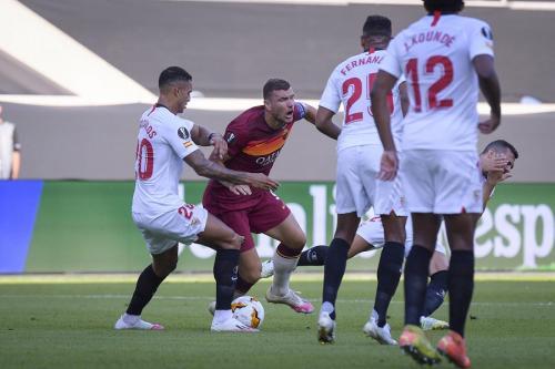Sevilla vs Roma (Foto: Twitter/@ASRomaEN)