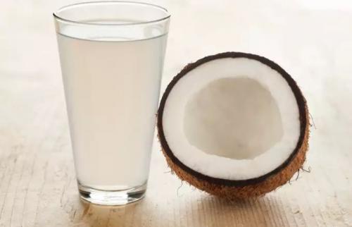 kelapa untuk bikin serundeng