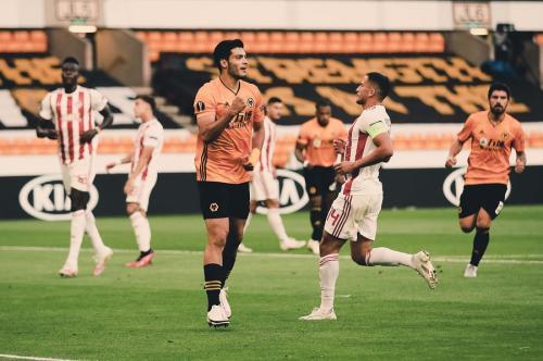 Raul Jimenez (Foto: Twitter/@Wolves)