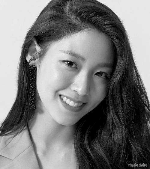 Seolhyun AOA. (Foto: Marie Claire)