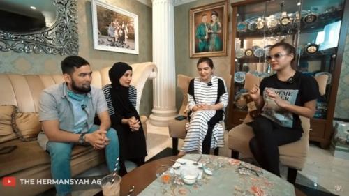 Teuku Wisnu dan Shireen Sungkar di The Hermansyah A6. (Foto: Youtube The Hermansyah A6)