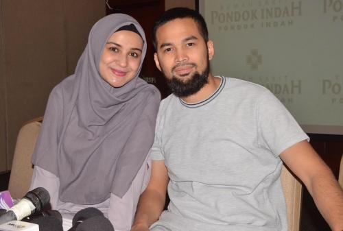 Teuku Wisnu dan Shireen Sungkar. (Foto: Okezone)