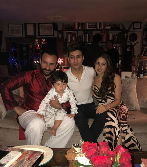 Saif Ali Khan bersama tiga anaknya.