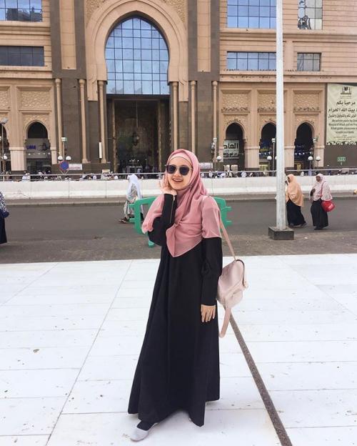 Adinda Amira
