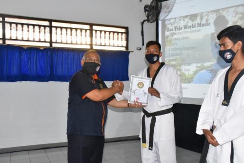 Momen pelantikan kepengurusan TI Bali yang baru