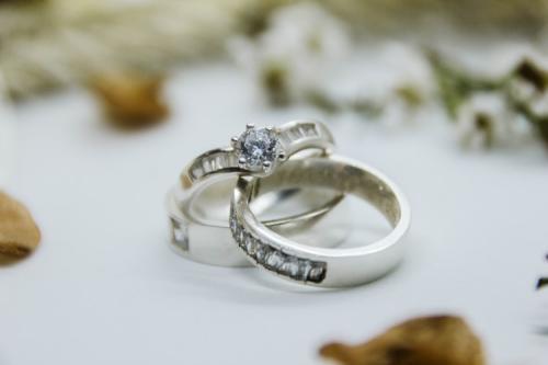 Ilustrasi cincin pernikahan. (Foto: Unsplash)