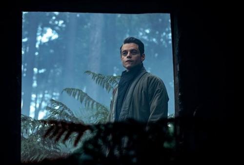 Rami Malek sebagai Safin