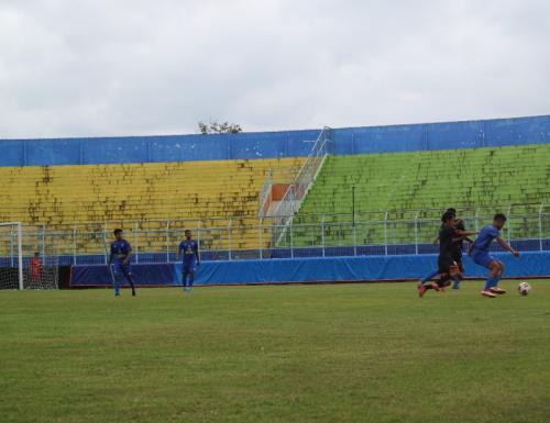 Suasana laga Arema FC vs Kaki Mas. Avirista/Okezone