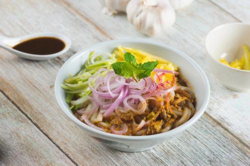 Keragaman kelompok etnis membuat Malaysia memiliki gaya kuliner yang beragam.