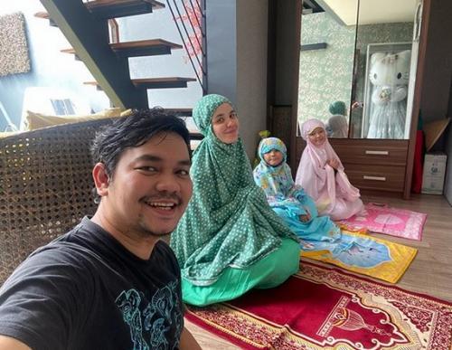Keluarga Indra Bekti