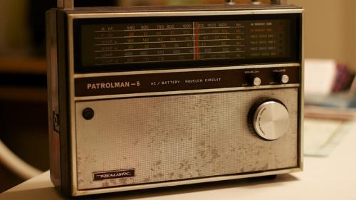 Stasiun radio misterius MDZhB yang telah mengudara selama hampir empat dekade mengejutkan masyarakat.