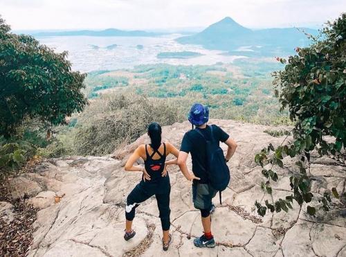 Intip Pesona Gunung Lembu Di Purwakarta Yang Disambangi Influencer Ayla Dimitri Okezone Travel