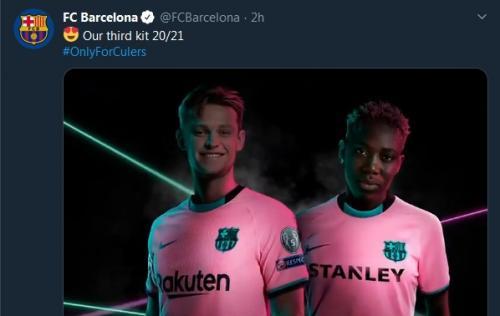 Jersey ketiga Barcelona (Foto: Twitter/@FCBarcelona)