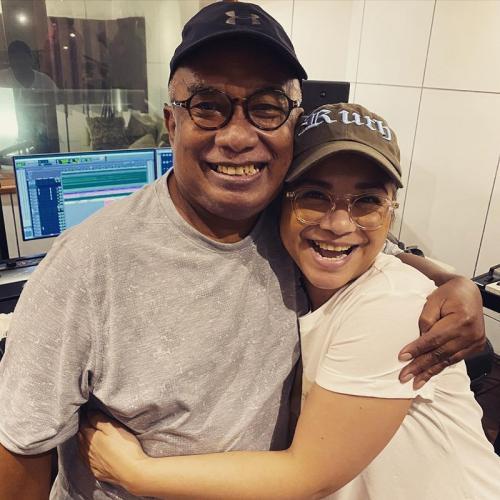 Ruth Sahanaya dan mendiang Yopie Latul. (Foto: Instagram/@mamauthe)