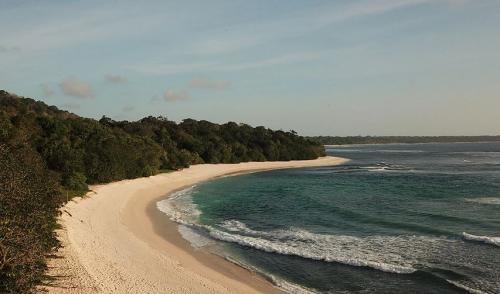 Pantai Parang Ireng