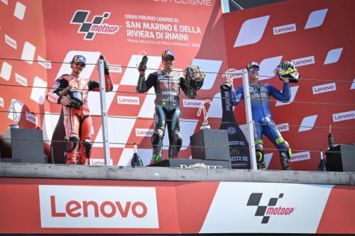 Franco Morbidelli dan Francesco Bagnaia naik podium (Foto: MotoGP)
