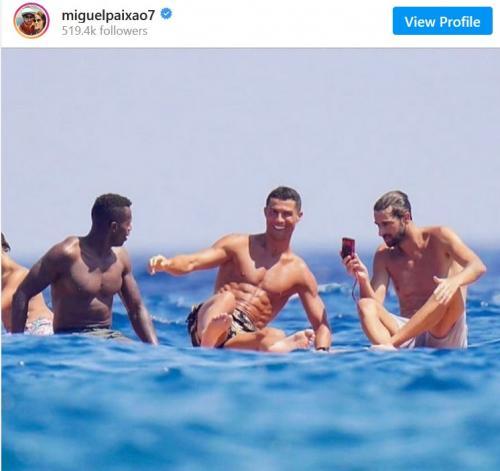 Jose Semedo, Cristiano Ronaldo, dan Miguel Paixao (Foto: Instagram/@miguelpaixao7)