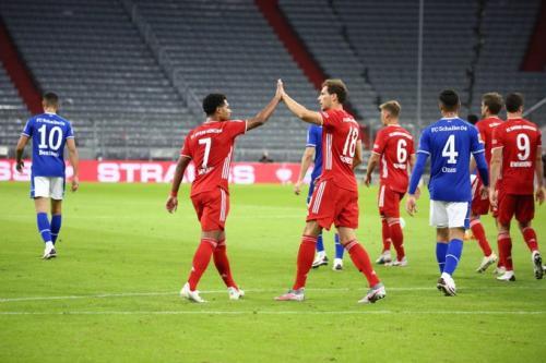 Laga Bayern Munich vs Schalke