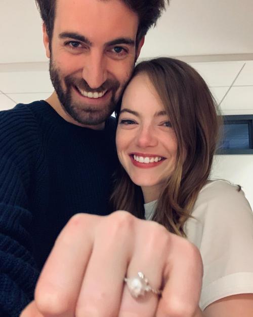 Emma Stone dan suami.