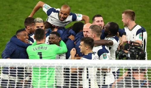 Tottenham Hotspur sukses singkirkan Chelsea (Foto: Twitter/@SpursOfficial)