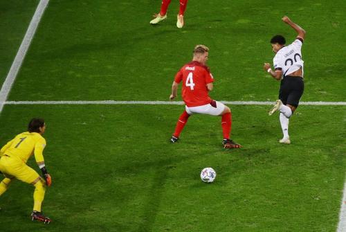 Backheel Serge Gnabry selamatkan poin Jerman (Foto: Twitter/@DFB_Team_EN)