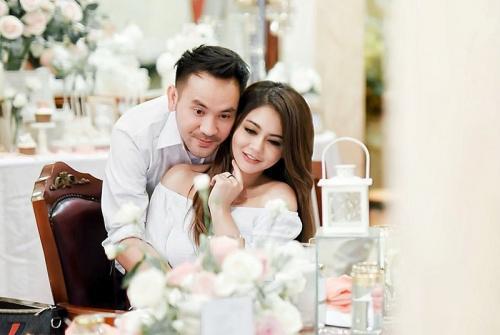 Jenita Janet dan Danu Sofwan. (Foto: Instagram/@jenitajanet)